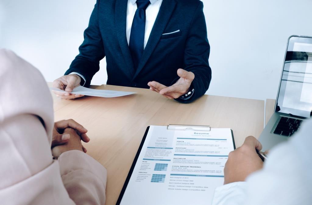 Réussir son CV avec Groupe Leader - Offres d'emploi